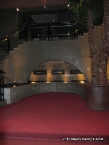 hotel valencia riverwalk entry
