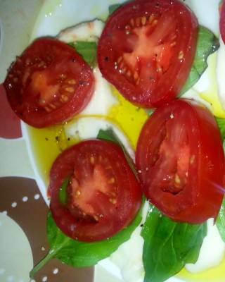 Easy Caprese Salad with a twist