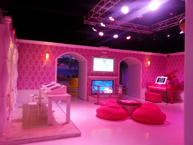 barbie dreamhouse tour