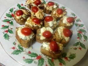 Blue Cream Cheese Crostini recipe