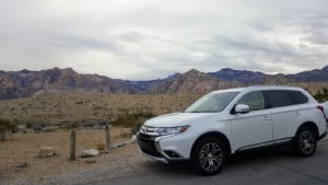 From City Driving in Las Vegas to the Mountains of Red Rock Canyon the Mitsubishi Outlander Performs #DriveMitsubishi