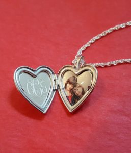 Loving Locket Gift Personalized with PicturesonGold.com