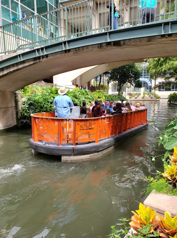 riverwalk boats